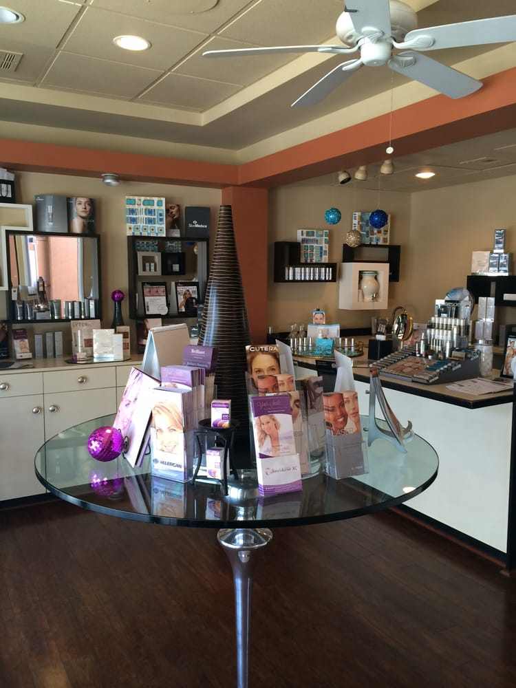 Lily Lee Md Cosmetic Surgeons 73 180 El Paseo Palm Desert Ca
