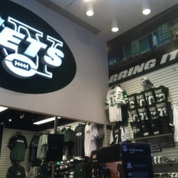 5ba4e468 Photo of Jets Shop - New York, NY, United States. Inside Jets Shop