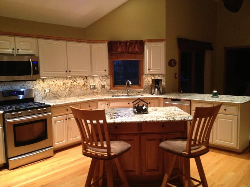 Delicatus Gold Granite Countertops With Full Height