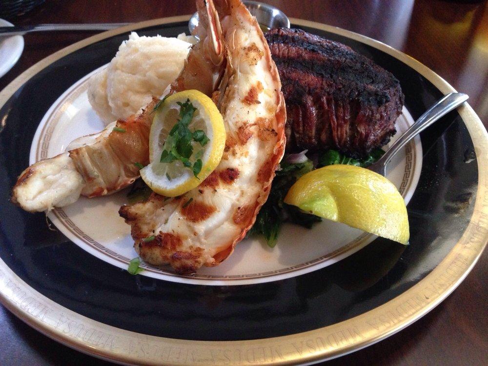Medusa Grill and Bistro: 501 Broad St, Lake Geneva, WI