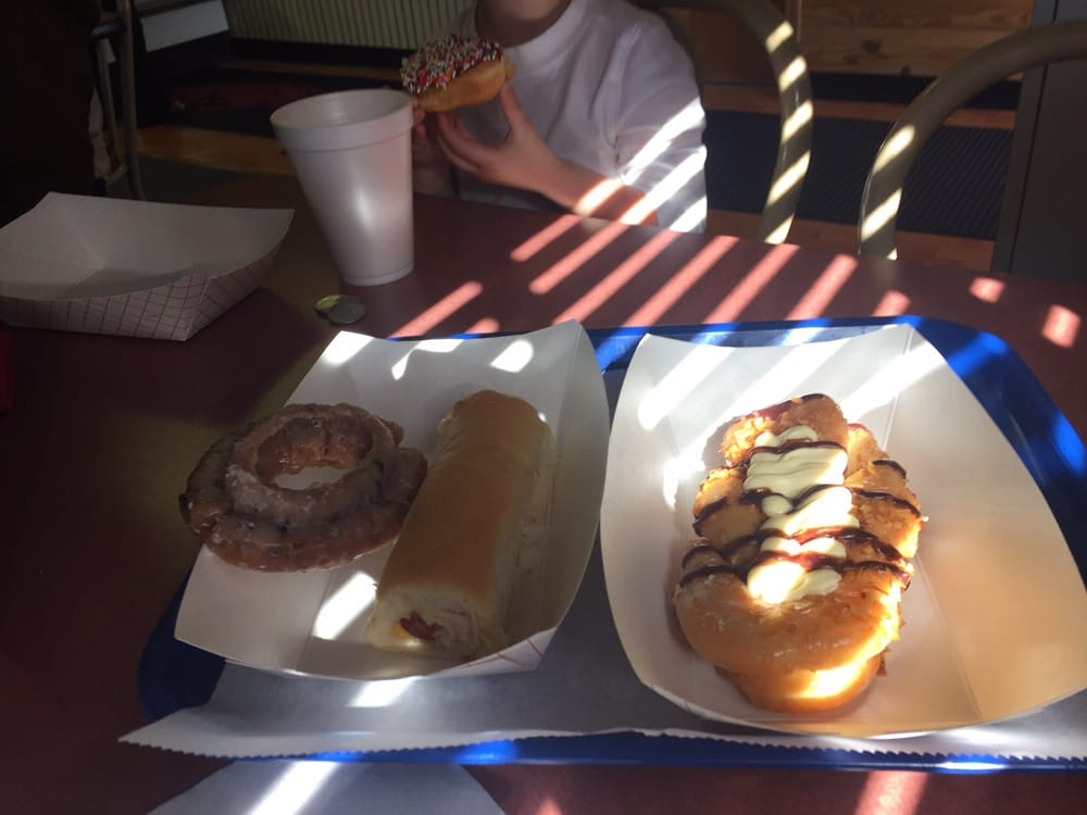 Red Barn Donuts: 447 W Hudson Rd, Rogers, AR