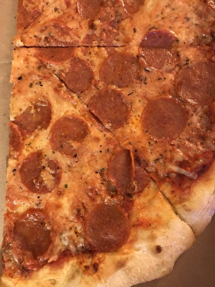 Roberto's Pizza and Restaurant: 2668 Rte 940, Pocono Summit, PA