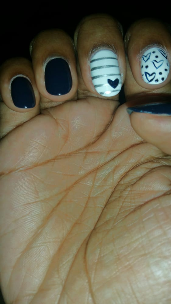 Freehand Nail Art I Love How The Open Hearts Have A Graffiti Feel