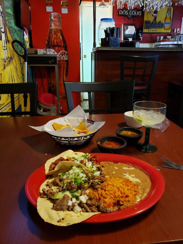 El Charro Mexican Restaurant: 2101 Hwy 95, Bullhead City, AZ