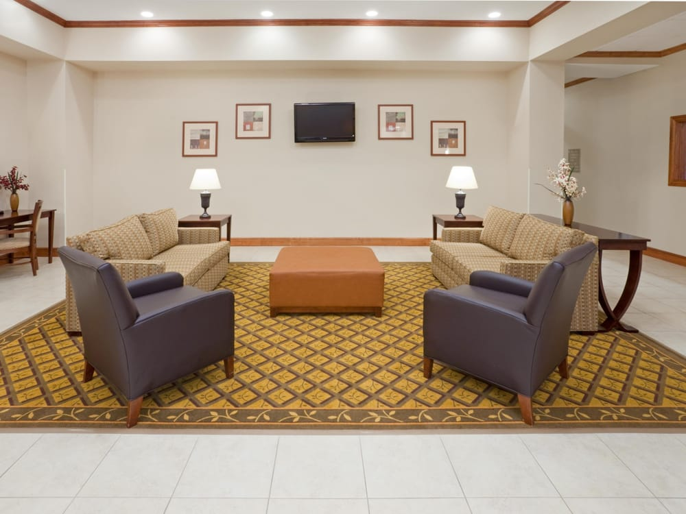Candlewood Suites Mount Pleasant: 2407 S Jefferson Ave & Hwy U.S 271, Mount Pleasant, TX