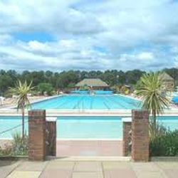 Hitchin Swimming Centre Piscinas Fishponds Rd Hitchin Hertfordshire Reino Unido N Mero
