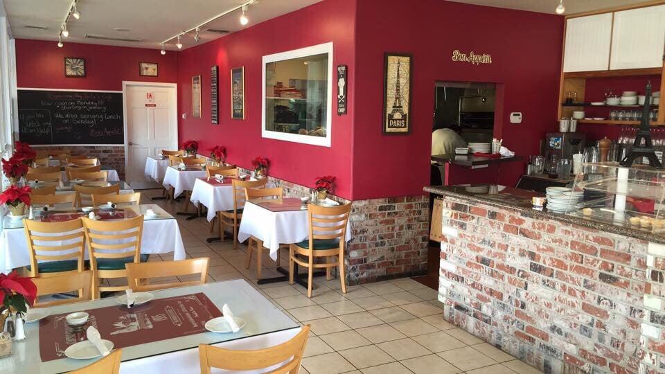 Lulu's Café: 24781 Alicia Pkwy, Laguna Hills, CA