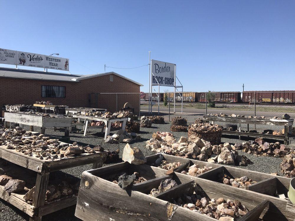 Border Rock Shop: 980 E Motel Dr, Lordsburg, NM