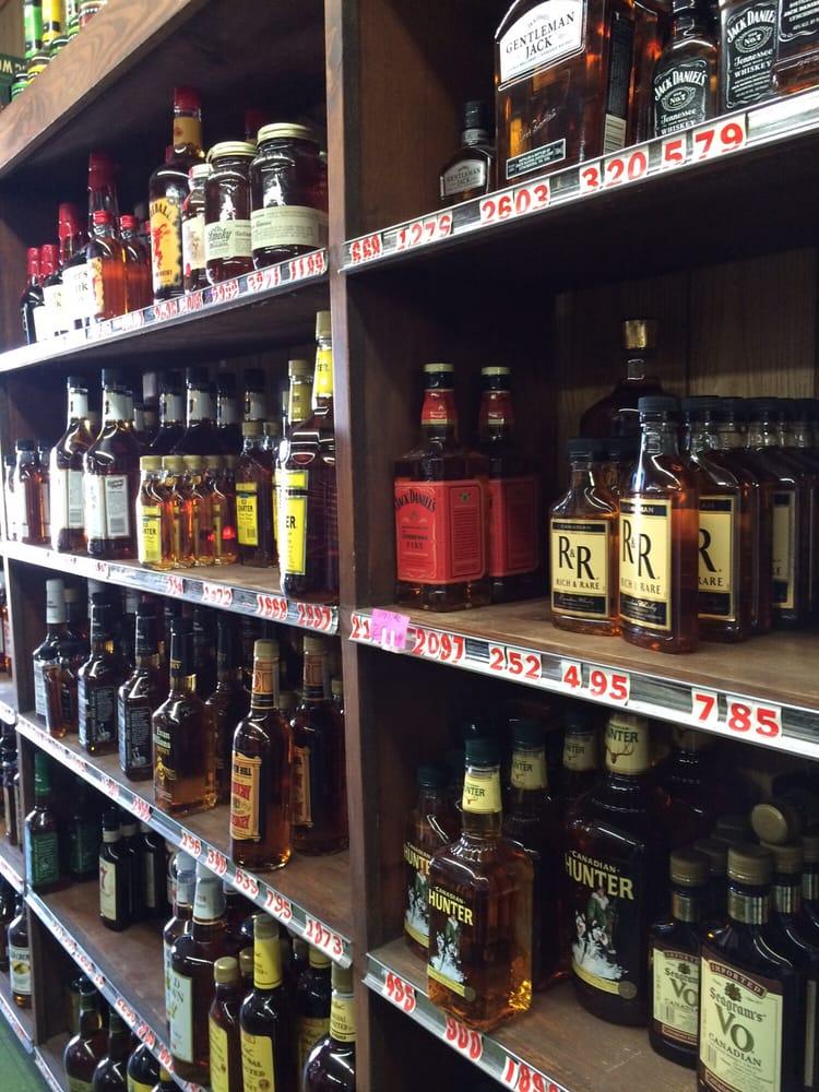 Whitehaven Liquor: 1969 Commerce St, Grenada, MS