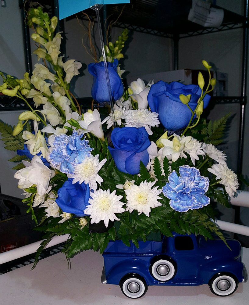Erleenes Flowers 64 Photos 51 Reviews Florists 208 E Holt
