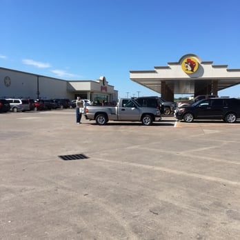 Photo of Buc ee s   Luling  TX  United States  Packed. Buc ee s   373 Photos   327 Reviews   Convenience Stores   10070 W
