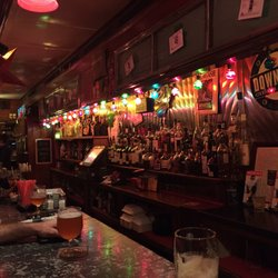 Finn S Irish Pub 61 Photos 191 Reviews Gastropubs