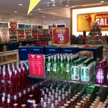 Photo of Bath   Body Works   Rancho Cucamonga  CA  United States  Inside. Bath   Body Works   29 Photos   23 Reviews   Cosmetics   Beauty