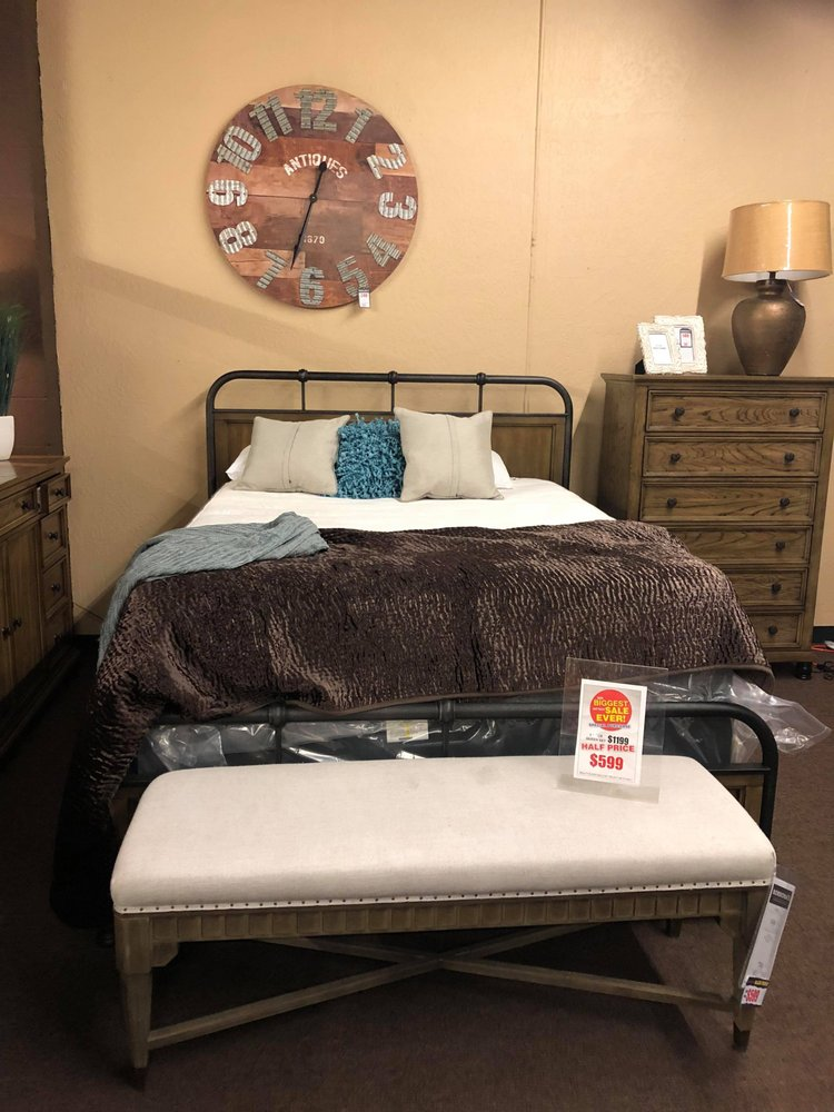 Bordona's Oakdale Furniture TV & Appliance: 102 W F St, Oakdale, CA