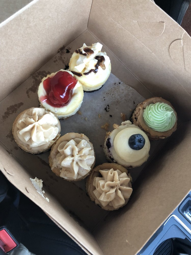 Food from R&J CheeseCake Shoppe