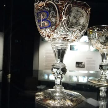 Maison du verre et du cristal mus es 1 place robert - Maison du verre et du cristal ...