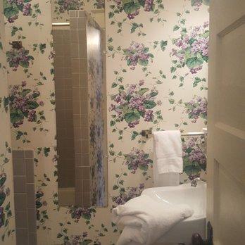 Photo Of The White Inn Fredonia Ny United States Bathroom