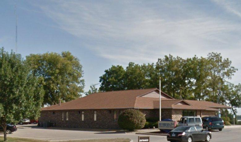 MEMBERS1st Community Credit Union: 910 S 12th Ave, Marshalltown, IA
