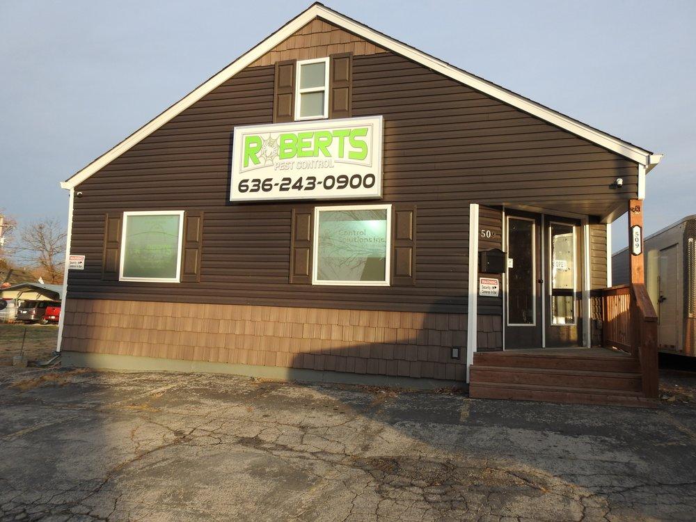 Roberts Pest Control: 509 West Main St, Festus, MO