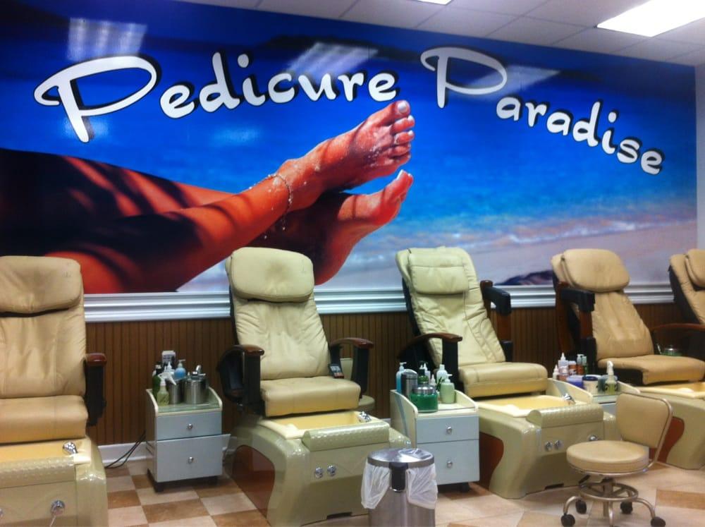 The Tropical Salon: 819 Gap Newport Pike, Avondale, PA