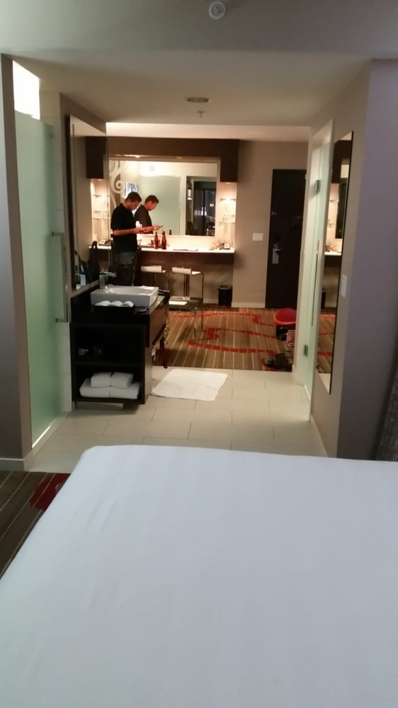 The king suite yelp for Home designer suite 2014 review