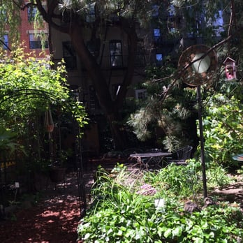Photo Of Creative Little Garden New York Ny United States