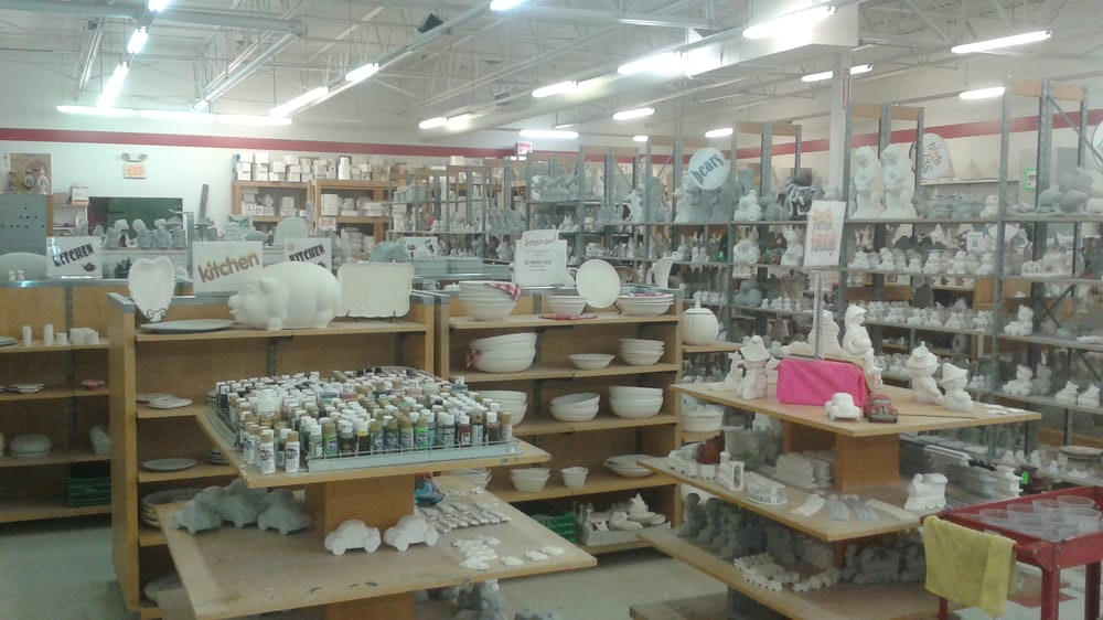 Lots of Knots Ceramics: 9911 Avon Lake Rd, Burbank, OH