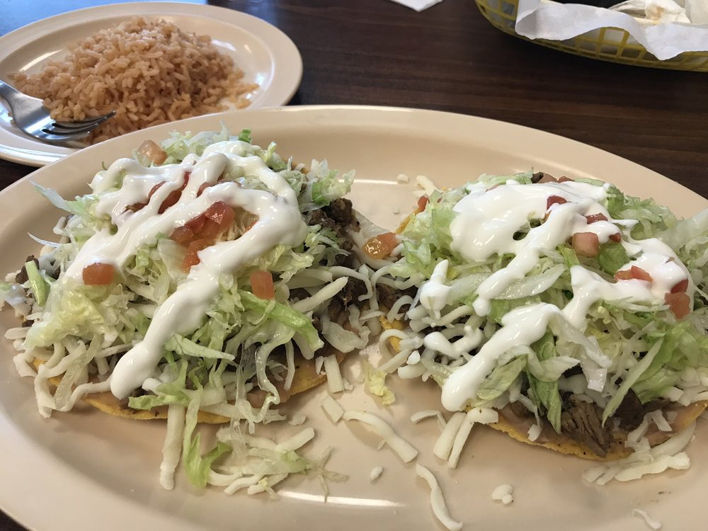 Wicho's Tacos: 10749 Dundee Rd, Huntley, IL
