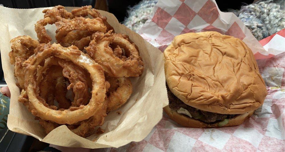 Sweet T's Burgers & More: 714 W Main St, Pawhuska, OK