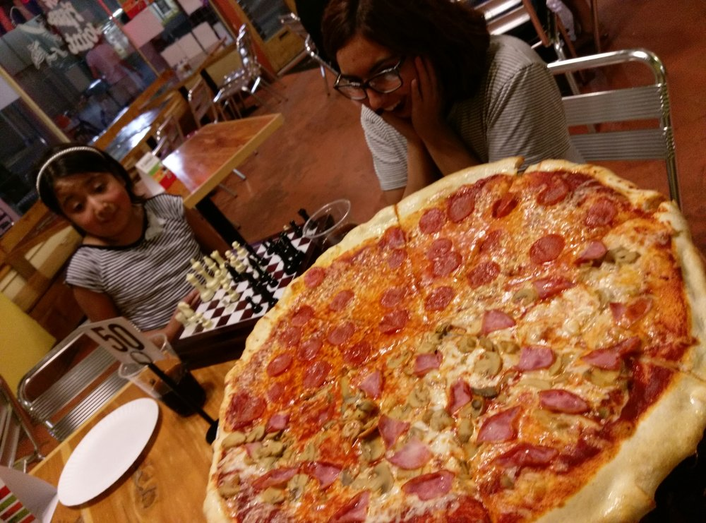 The Pizza Joint: 2900 N Mesa St, El Paso, TX