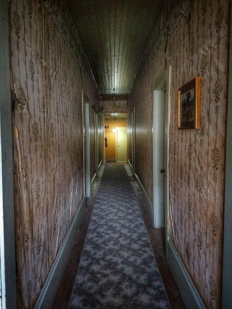 Idaho Hotel - Silver City: 23936 Jordan St, Murphy, ID