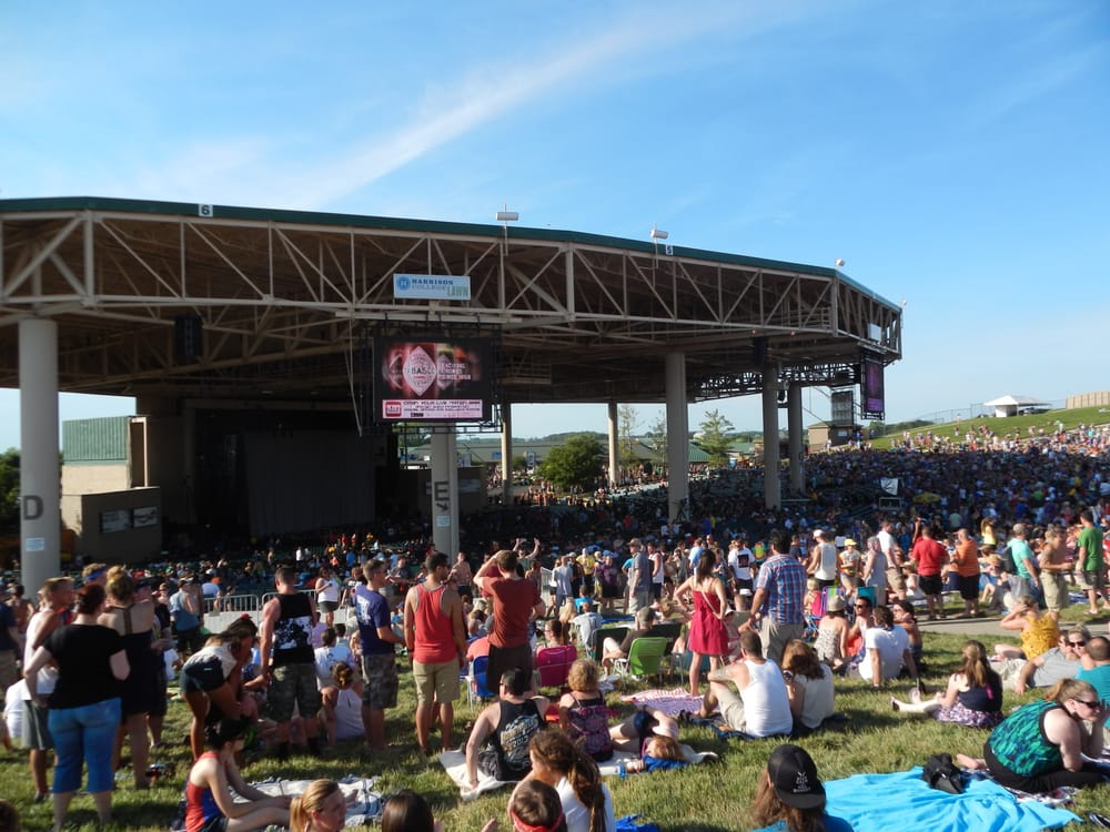 Dave Matthews Band 2014 The Lawn Has An Amazing View