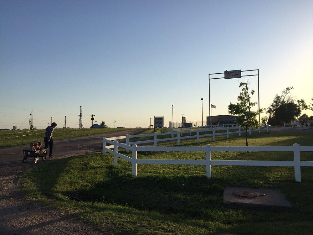 Triple J Rv Park: 187 E Edward Ave, Russell, KS