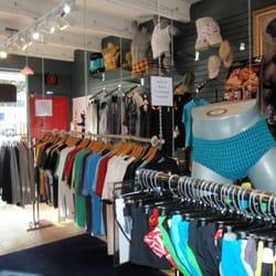 4 men clothing store
