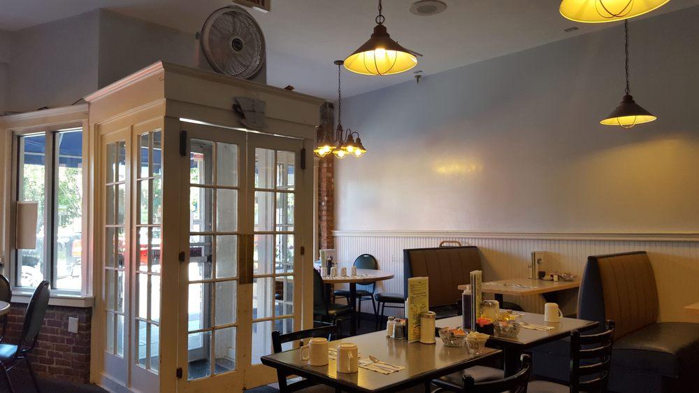 Breakfast Restaurants In Westfield Ma