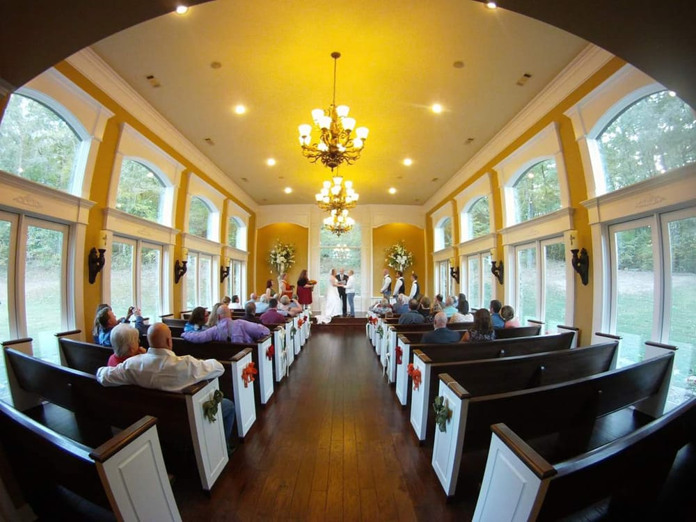 St. John's Chapel By The Creek: 5499 Hwy 5, Benton, AR