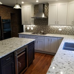 Fox River Cabinets & Remodeling - 17 Photos - Roofing, General ...