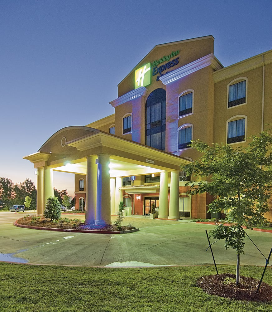 Holiday Inn Express & Suites Van Buren-Ft Smith Area: 1637 N 12th Ct, Van Buren, AR