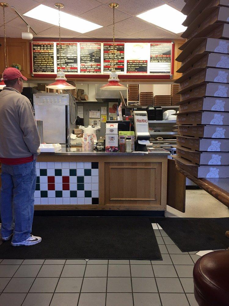 Valentino's Pizza: 4451 N 26th St, Lincoln, NE