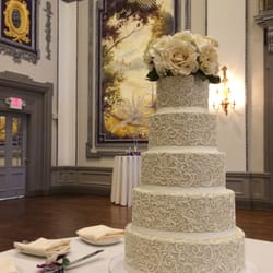 White flower cake shoppe 56 photos 47 reviews bakeries 2101 photo of white flower cake shoppe beachwood oh united states mightylinksfo