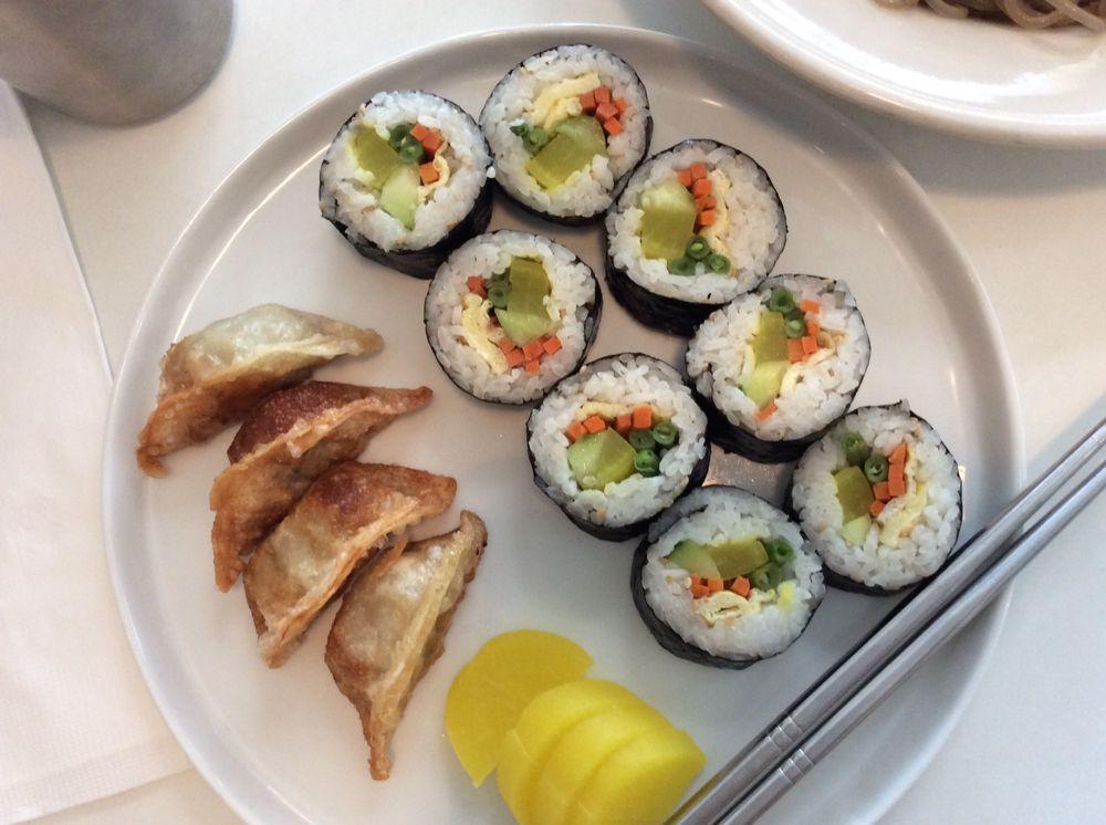 Commissary korean kitchen 62 foto e 29 recensioni for Cucina coreana