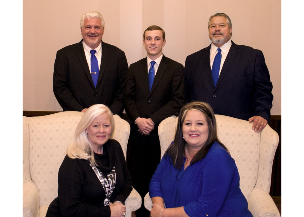 Cawood Funeral Home: 112 S 21st St, Middlesboro, KY