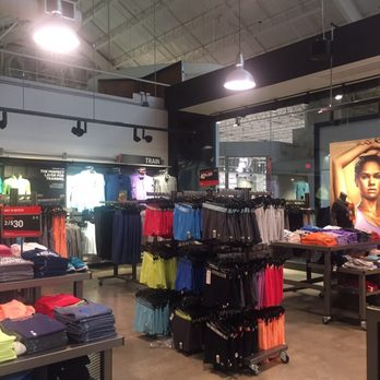 dff6bf0bd6c Under Armour Factory House - Sawgrass Mills - 21 Photos   10 Reviews ...