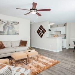 Arbors at Brookfield - 92 Photos - Apartments - 782 East