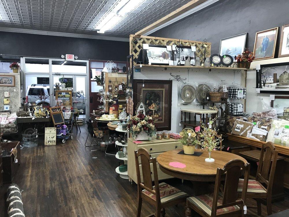 Peddlers Home Decor & More Paintsville: 320 Main St, Paintsville, KY