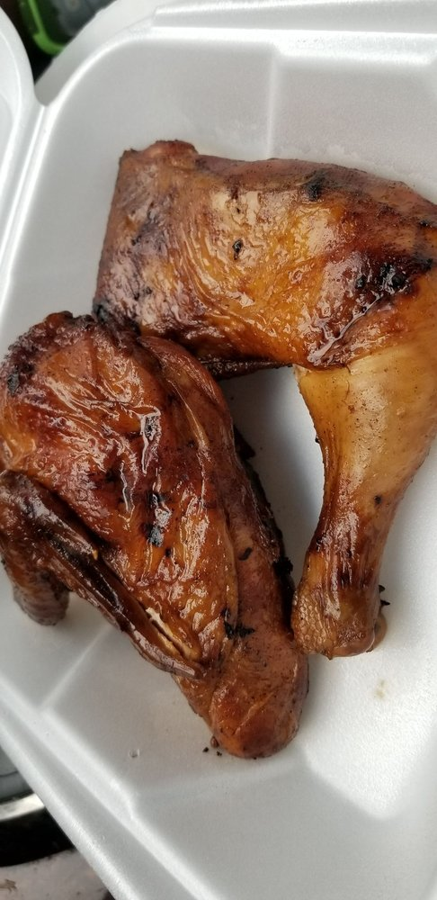 Kelley's BBQ & Catering: 805 W Division St, Mount Vernon, WA
