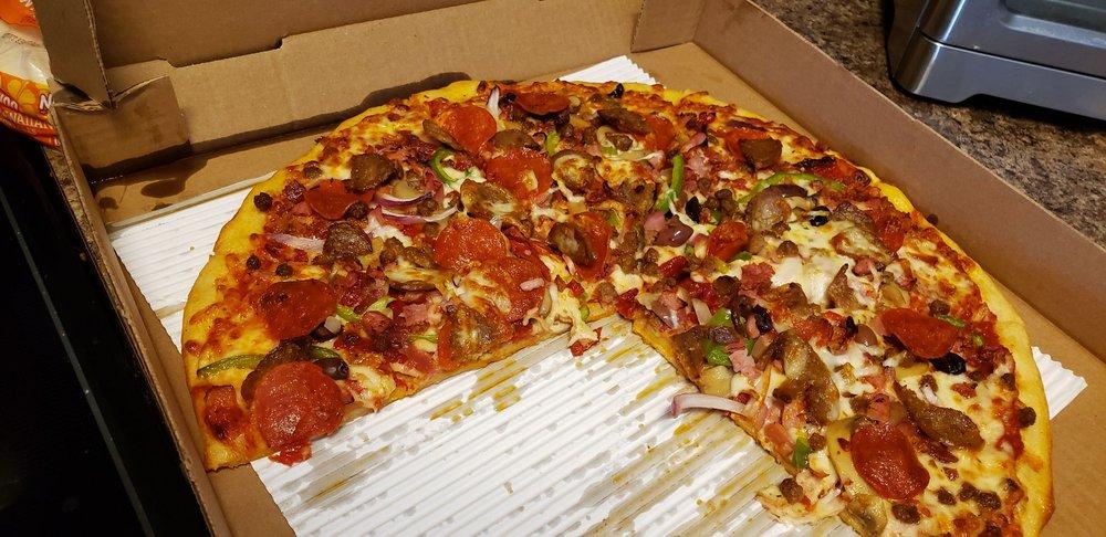 Beach Road Pizza: 4688 Long Beach Rd SE, Southport, NC