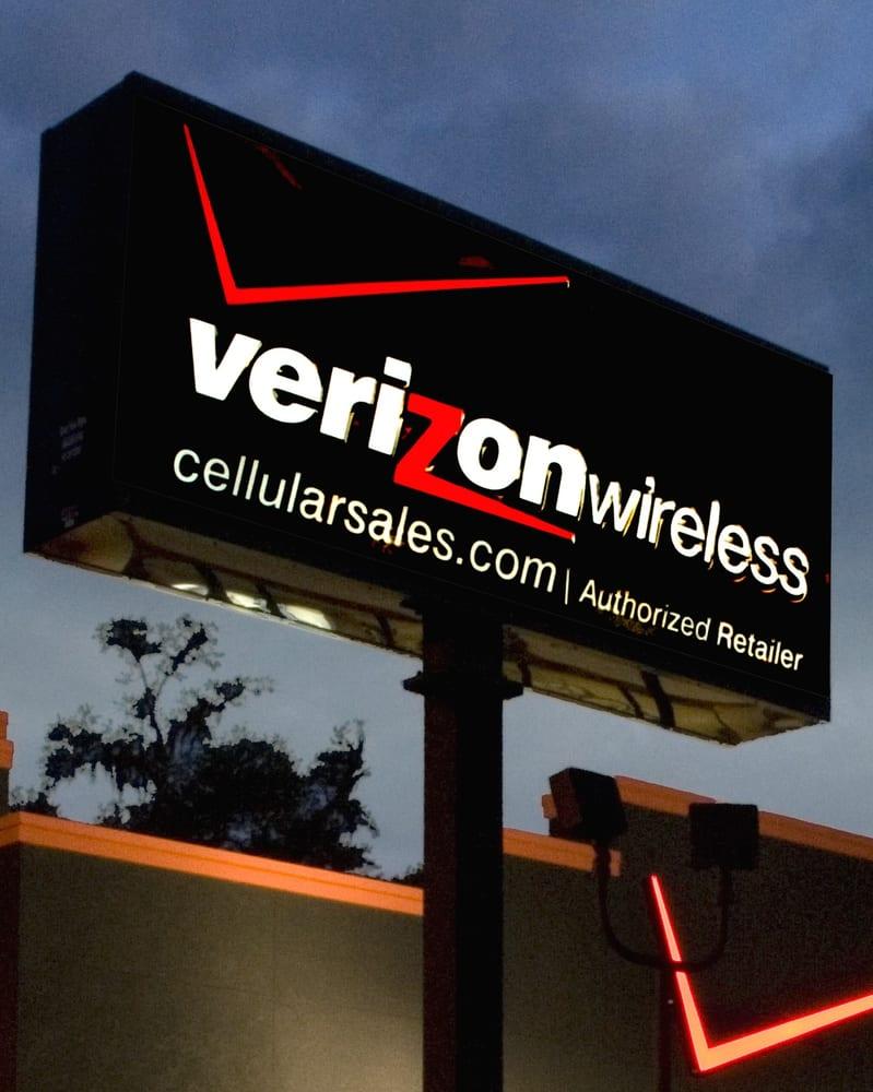 Verizon Authorized Retailer - Cellular Sales: 400 S Johnson Dr, Nevada, MO