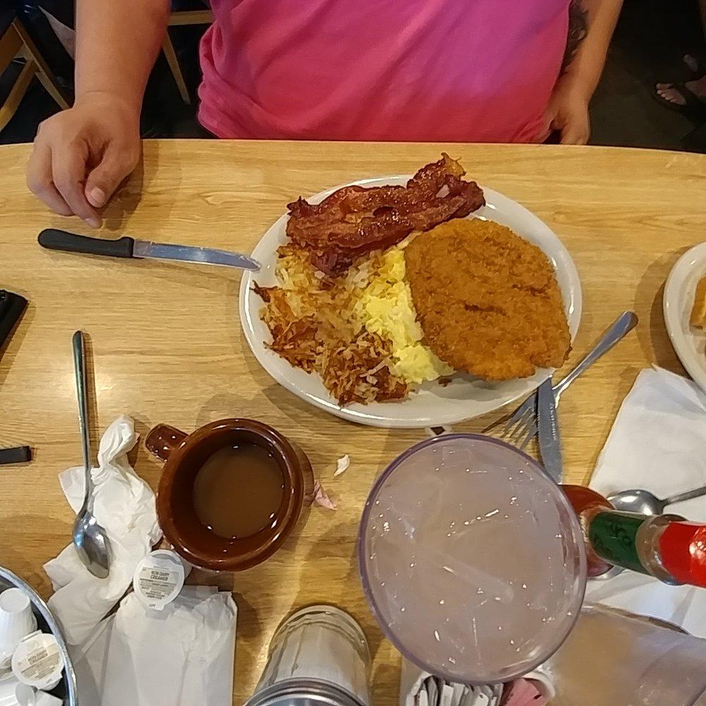 Photo Of Pioneer Restaurant Arlington Tx United States En Fried Steak Breakfast