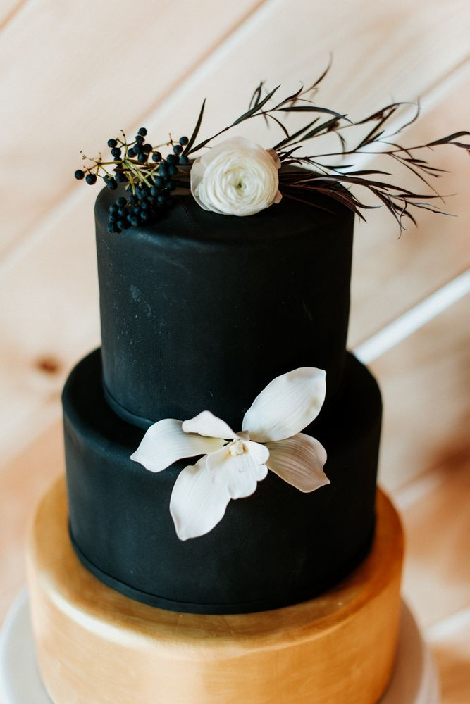 Samantha Bakes Cakes